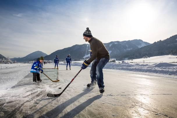 TineSTEINTHALER_KaerntenWerbung_Eishockey_Weissensee02.jpg