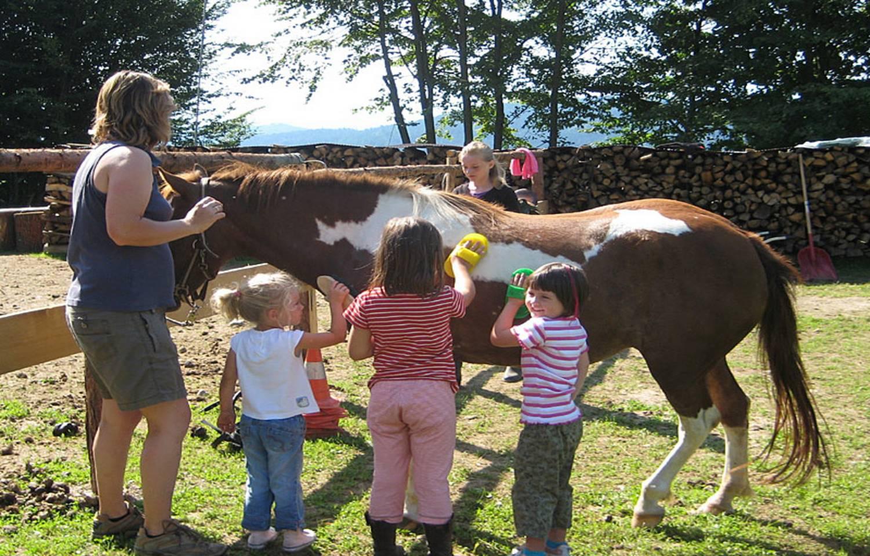 Urlaubsbauernhof Wabnig Kinder mit Pony