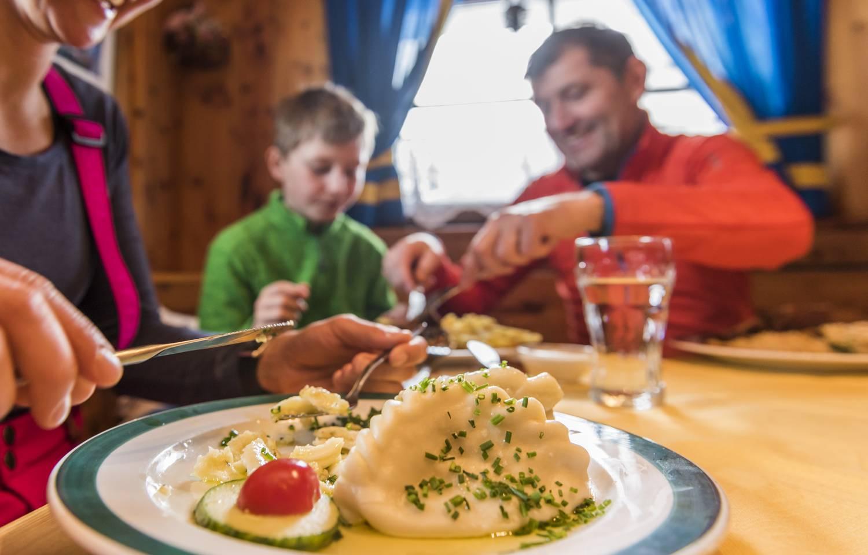 BKK Kulinarik Kaerntner Kasnudel